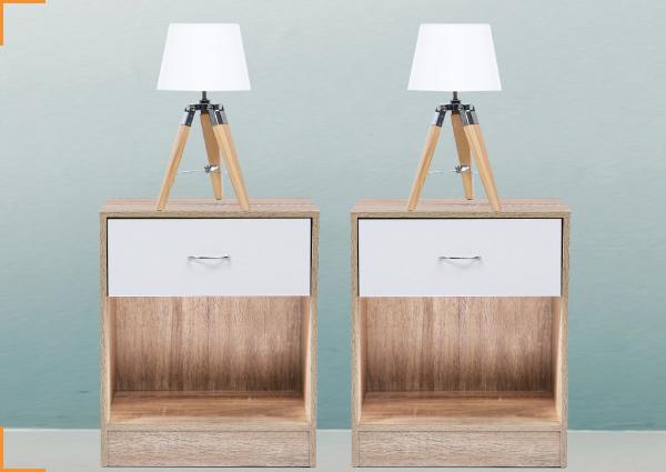 2 TABLES DE CHEVET BOIS ET HETRE + 2 LAMPES DE CHEVET TREPIED BOIS BLANCHES