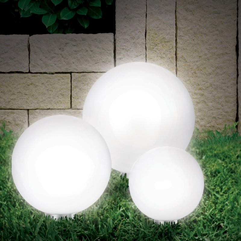 4 lampes boules solaire pour baliser toutes vos allees pack promo. Black Bedroom Furniture Sets. Home Design Ideas