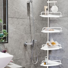ETAGERE DOUCHE TELESCOPIQUE CHROMEE