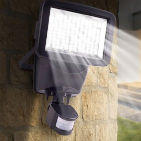 Projecteur solaire 120 led avec détecteur de mouvement